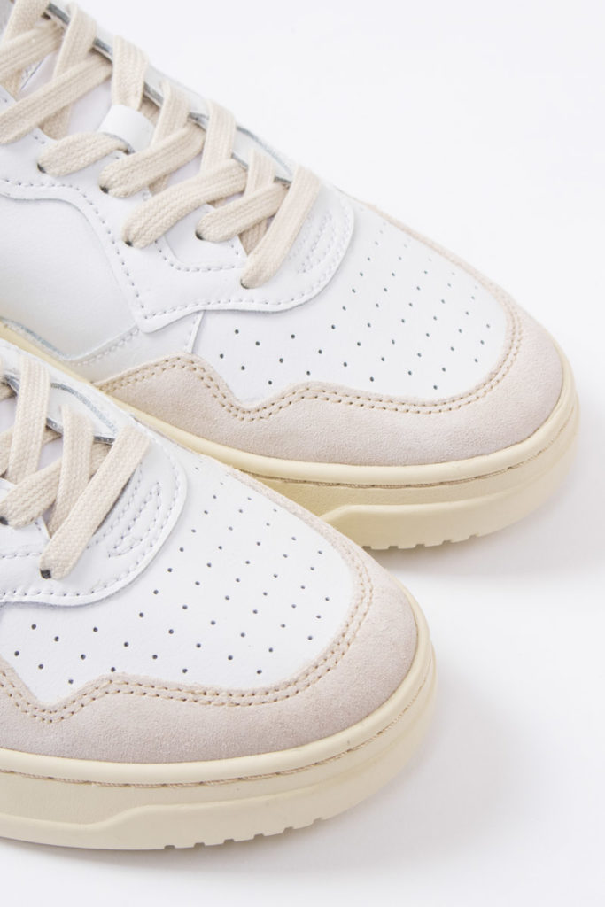 autry action shoes 01 low leather suede white white a10eaulmls20 2 800x1200 1 - Herenmode